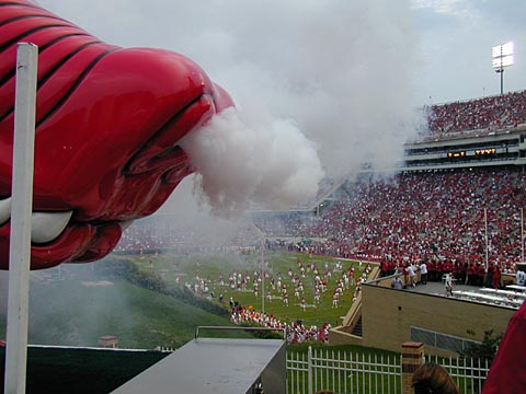 The Razorback Smoker (closeup)